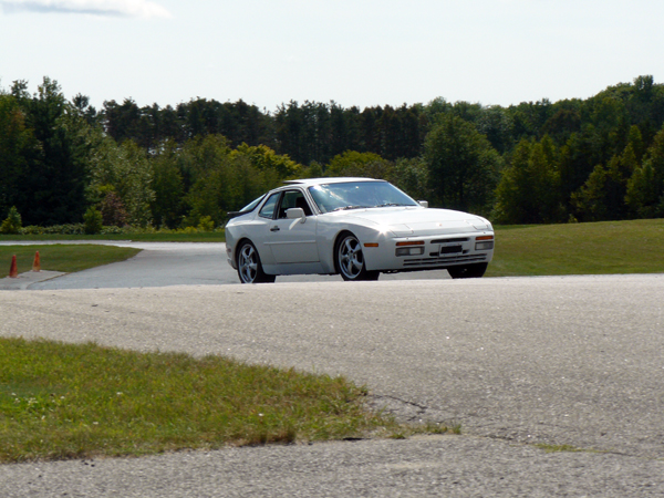 20 zooming 944